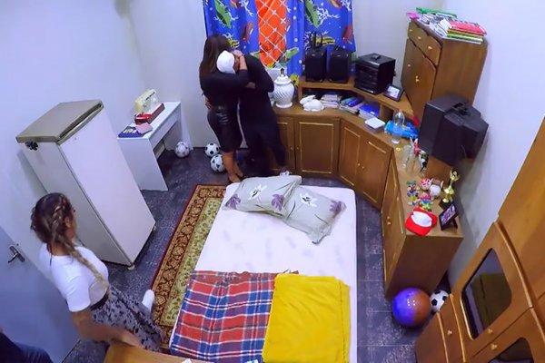 Неймар расплакался при виде комнаты своего детства