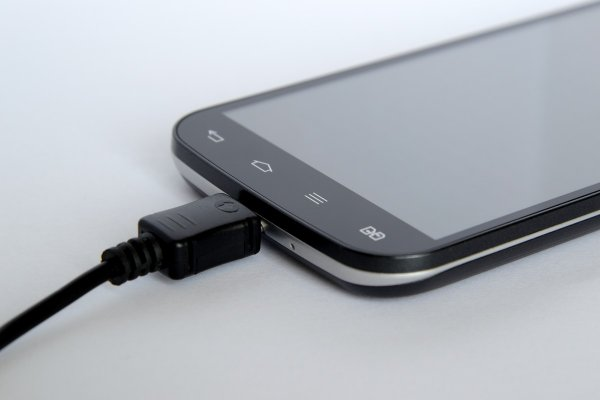 Немецкие ученые создали «турбозарядку» для смартфонов