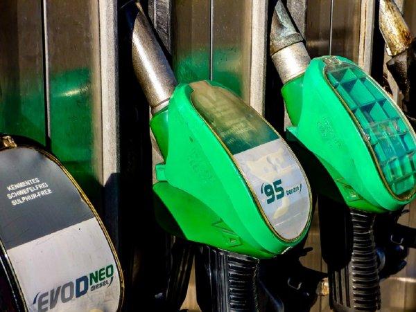 В Бурятии проходят протесты из-за повышения цен на бензин