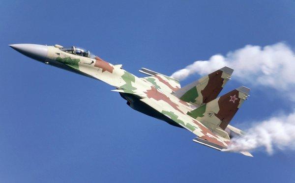 Военный эксперт объяснил, почему он поставит на Су-35 в воздушном бою с F-22