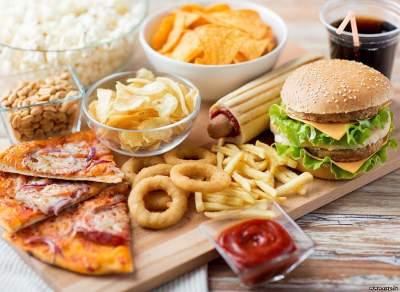 Названа возможная причина зависимости от вредной пищи
