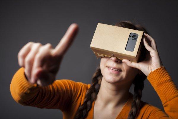 Google делает создание фильмов виртуальной реальности проще