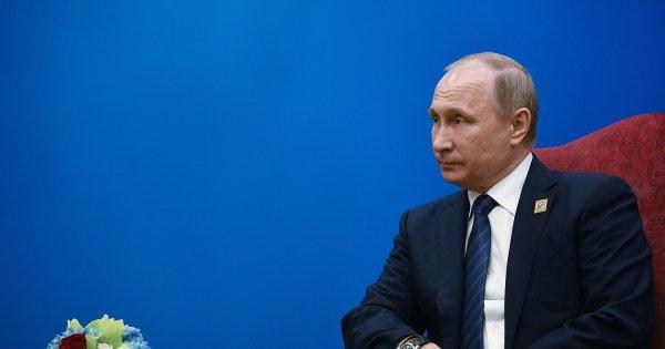 Соцопрос: 51% населения хотят видеть Путина президентом России после 2024 года
