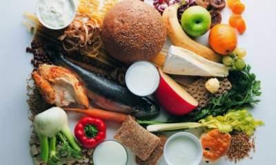 Названы продукты, удаляющие лишнюю жидкость из организма