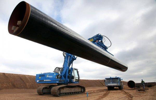 Дамоклов меч: Европейских партнеров «Газпрома» напугали санкции против Nord Stream 2