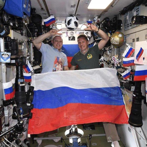 Космонавт Артемьев поприветствовал гостей ЧМ-2018 в Ростове прямо с МКС