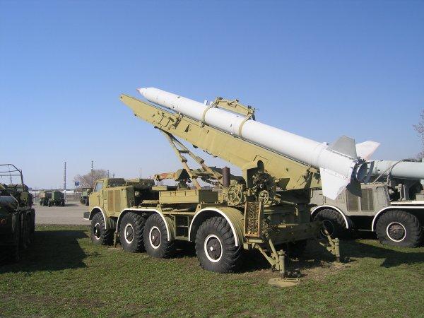 Украинский генерал призвал Киев «достать ракетами» до Петербурга и Москвы