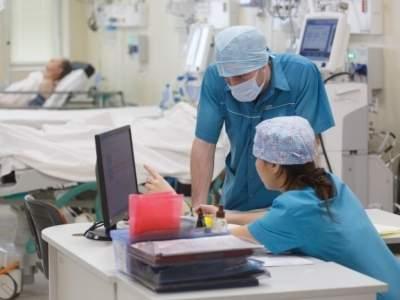 В Британии врач выписывала пациентам сильные болеутоляющие, чтобы сократить им жизнь