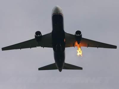 В Новой Зеландии приземлился самолет с горящим двигателем