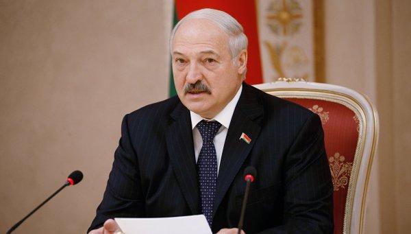 Лукашенко заявил, что Беларусь может войти в состав другой страны