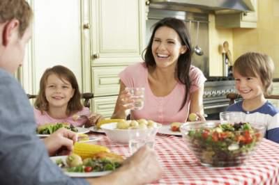 Как приготовить полезный ужин на всю семью: основные правила