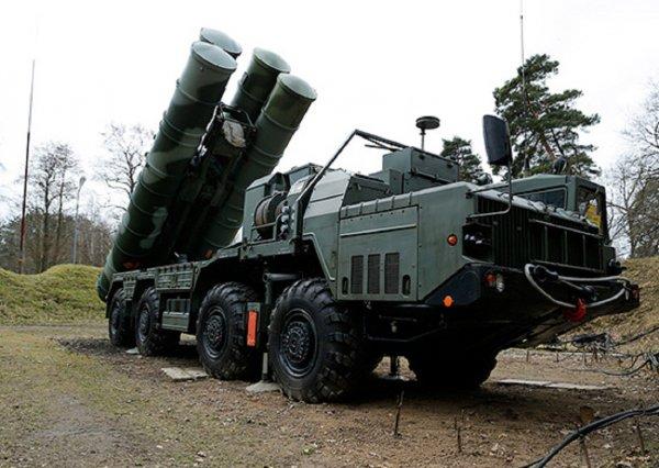 В Госдепе намекнули о санкциях против Турции в случае покупки у России С-400