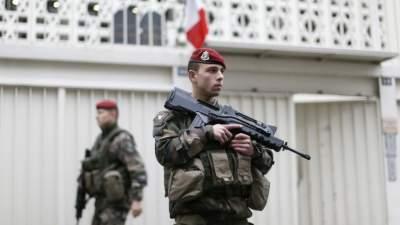 Французов будут призывать на службу с 16 лет