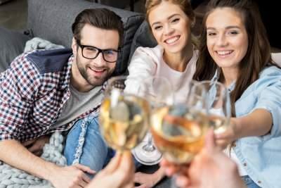 Назван лучший алкогольный напиток для здоровья женщин