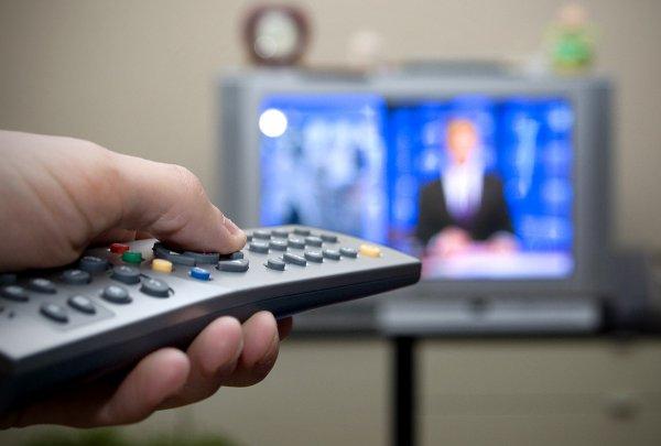 Новгородец за час нашел деньги на уплату долгов, чтобы не оставить друзей без телевизора