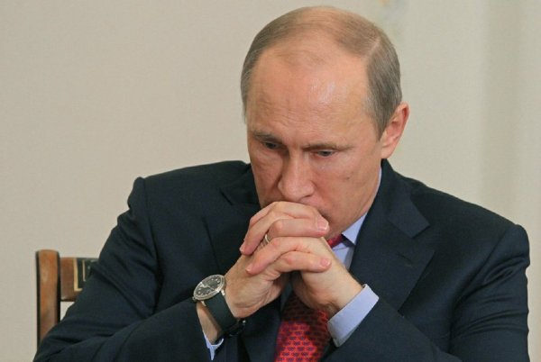 «Левада-центр»: Рейтинг Путина падает