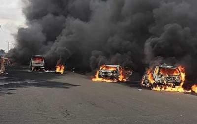 На дороге в Нигерии произошел масштабный взрыв автоцистерны с нефтью