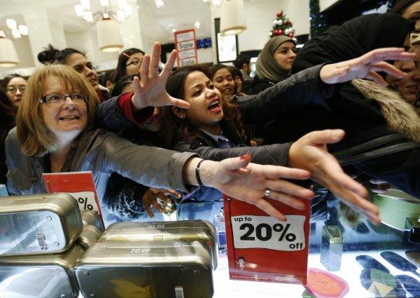 В ростовском гипермаркете устроили давку из-за акции «Coca-Cola»