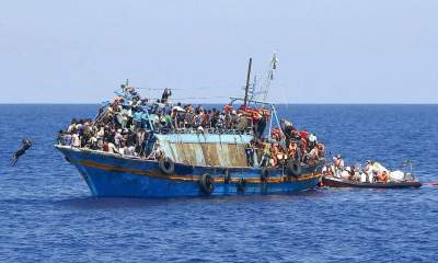 Около Ливии затонуло судно с мигрантами