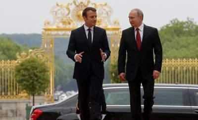 Макрон прокомментировал отношения с РФ