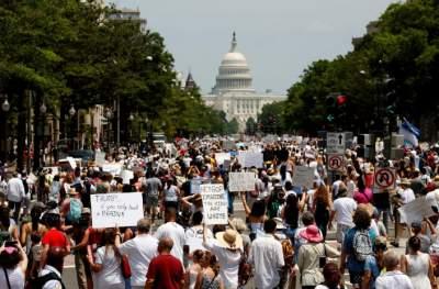 Миграционная политика Трампа вызвала волну протестов в США