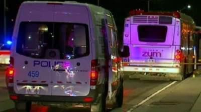 В Канаде девушка с ножом напала на пассажиров автобуса