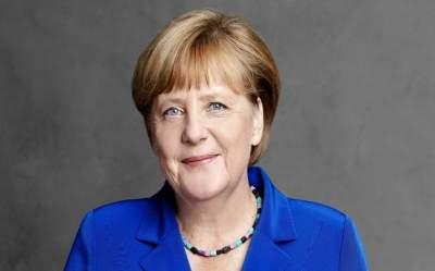 Меркель нашла связь между ростом ассигнований НАТО и аннексией Крыма
