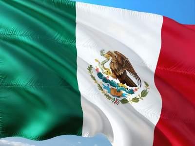 Во время предвыборной кампании в Мексике убили 523 политика