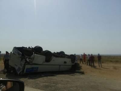 Один человек погиб и 13 пострадали в крупной аварии в Азербайджане