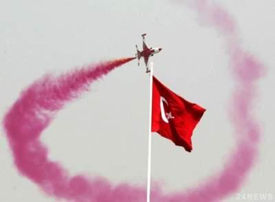 В Турции отменят чрезвычайное положение