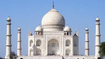 Индийские судьи угрожают снести Тадж-Махал