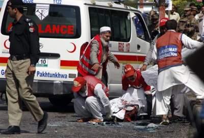 В Пакистане возросло число погибших в результате теракта