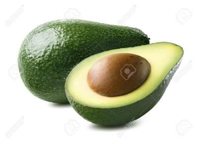 Медики рассказали, кому вредно есть авокадо