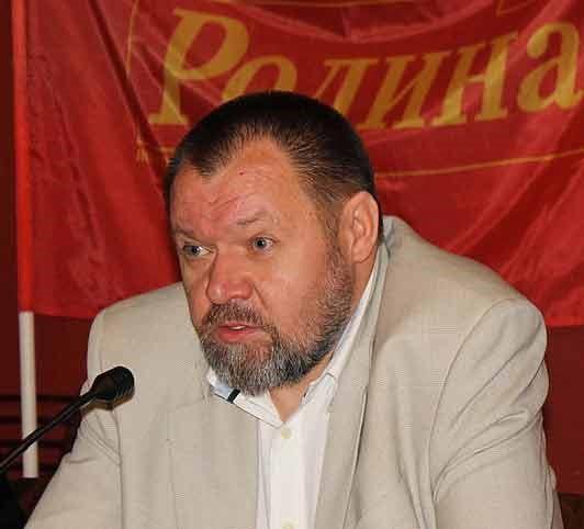 Владелец ЧОП Сергей Исаков пытается обогатиться на чужом успехе