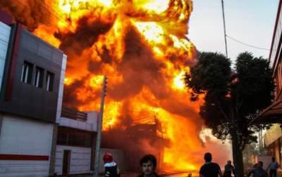 В Иране прогремел взрыв на нефтехранилище