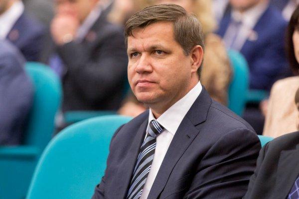 Мэр Владивостока похвастался семейным отдыхом и забыл упомянуть, на какие деньги