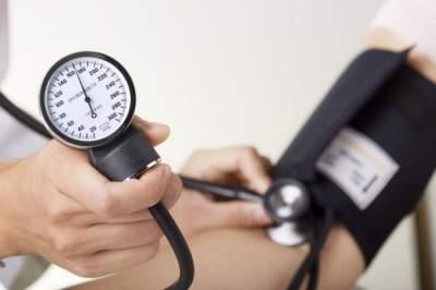 Медики назвали продукты, способствующие понижению давления
