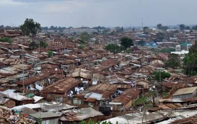 В Кении снесли трущобы 30 тысяч жителей ради дороги