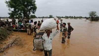 Мощные ливни в Индии: почти 50 погибших