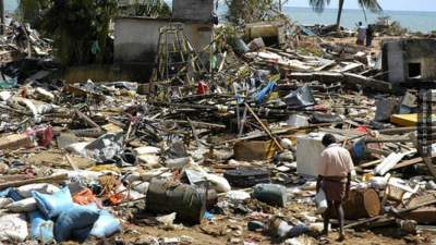 В Индонезии возросло число погибших от землетрясения