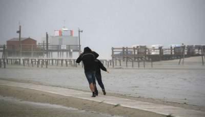 Мощный ураган обрушился на Германию