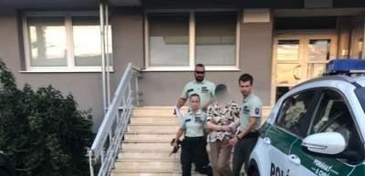 В Словакии арестовали женщину, которая 16 лет ежедневно слушала одну и ту оперу