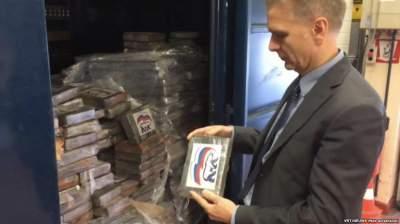 В Бельгии нашли две тонны кокаина с логотипами