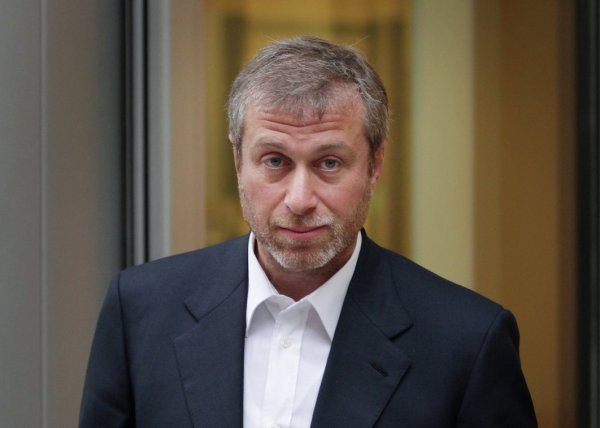 Абрамович обратился в инвестиционный клуб для продажи «Челси»