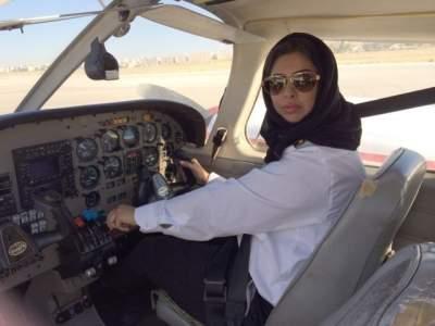 В Саудовской Аравии женщинам разрешили пилотировать самолеты