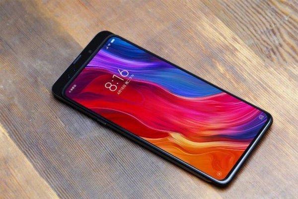 Реакция по-китайски: Xiaomi следом за Honor показала смартфон с выдвижной камерой