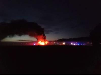 В Финляндии загорелся свечной завод