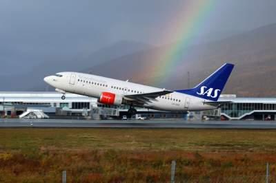 В Швеции у пассажирского самолета в небе вспыхнул двигатель