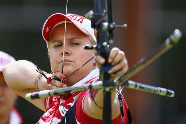 Ксения Перова завоевала золото Кубка мира про стрельбе из лука в Анталье