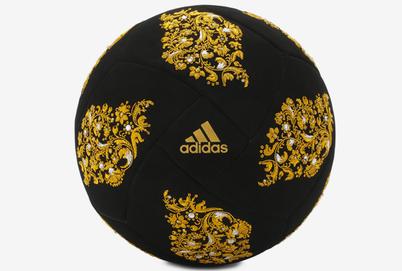 К чемпионату мира по футболу создали бархатный мяч с кристаллами Swarovski